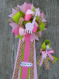 mommy to be and daddy to be setgiraffe set by bonbow on Etsy, $24.50