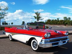 1958 Ford convertible.