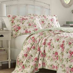Shop Laura Ashley Willa Quilt Set - On Sale - Free Shipping Today - - 24085334 Laura Ashley Bedroom, Interior Paint Colors, Interior Design, Buy Bed, Affordable Bedding, Futuristic Furniture, Bedroom Vintage, Queen, Bed Styling