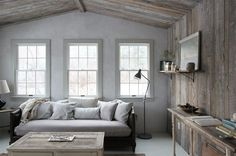 A Gallery of Cozy Cottage Interiors -  for use of color