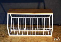 Handcrafted bench, painted in white matt steel, with smooth polished oak bench top; minimal style, minimalistyczna ława z dębowym siedziskiem i stalowym szprosowaniem, bezbarwnie lakierowana,  Randy, Kraina ES #bench, #minimalistbench, #minimalistfurniture, #ławka