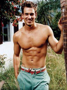 Hot Guy Photo Gallery - Shirtless Men - Cosmopolitan