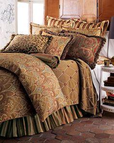 U0027Cashmere Ruby Paisleyu0027 Bedding   Spice Toned Paisley And Striped Patterned  Duvet Cover