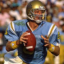 Troy and UCLA.fell in live at CottonBowl 89 Ucla Bruins Football, Nfl Football Players, Football Gif, College Football, Football Helmets, Troy Aikman, How Bout Them Cowboys, Sports Figures, Dallas Cowboys