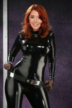 Alyson Hannigan Alyson Hannigan, Catsuit, Leather Pants, Goth, Celebs, Black, Style, Fashion, Leather