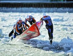 Ice Canoe Races In Quebec pinned by Paddle by Number // quebecregion.com #icecanoe #winter