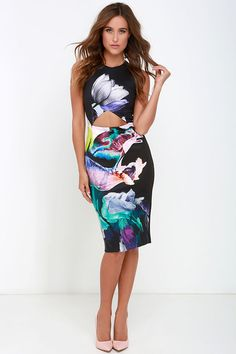 Finders Keepers Take a Chance Black Floral Print Midi Dress at Lulus.com!