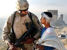Soldier Love, Moving Photos, Military Deployment, American Freedom, Afghanistan War, American Soldiers, Usmc, Us Army, News Breaking