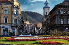 Ne incanta tot ce este frumos in Brasov 🙂 - Brasov Romania Brasov Romania, Mansions, House Styles, Home Decor, Decoration Home, Manor Houses, Room Decor, Villas, Mansion