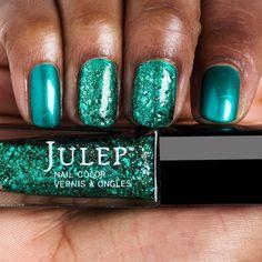 Julep Esmeralda Glitter Topcoat