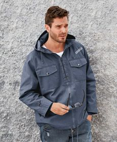 Redhill jakke fra Sportmann.no Denim Button Up, Button Up Shirts, Raincoat, Jackets, Tops, Fashion, Rain Jacket, Down Jackets, Moda