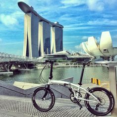 No.338 / ©Kevin from Singapore / Dahon Mu Slx / This photo was taken while riding around the Marina Bay area on a morning in Jul 2014. This place is usually very crowded so it's very rare to capture a picture with nobody in the background. Photo was touched up using Snapseed on my iPhone to make it look more graphic. I hope you like it. Thanks.