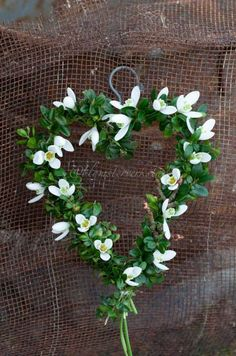 Snow drops in a wreath.