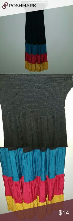 BOGO 1/2 ALL DRESSES! Strapless Maxi Dress Bogo 1/2 off all dresses! Make a bundle and I'll send offer with 1/2 off the least expensive! Great strapless Maxi Dress in fun colors work for any season! Layered under a cardigan with a belt over is my favorite! Worn once! Body Central Dresses Strapless