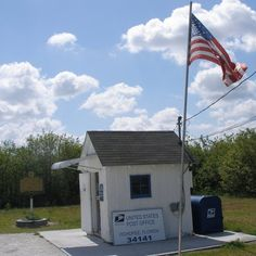 The smallest post office in the USA is this one in Ochopee, Florida. http://architecture.about.com/od/usa/ss/Post-Office-Buildings_6.htm