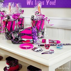 Fill a reusable Monster High party cup with freakishly fabulous favors! For more Monster High party ideas the ghouls will love, click the pic!