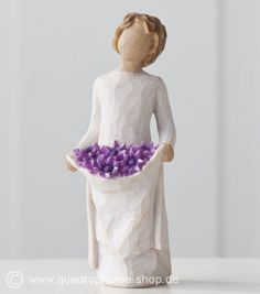 Simple Joys, Willow Tree® Figurines by Demdaco are designed by Susan Lordi to express heartfelt sentiments Willow Tree Figures, Willow Tree Angels, Willow Figurines, Willow Tree Wedding, Hand Carved, Hand Painted, Tree Sculpture, Flowering Trees, Sculpting