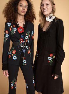 Sfilata Sonia Rykiel New York - Pre-collezioni Primavera Estate 2018 - Vogue Floral Fashion, I Love Fashion, Fashion Details, Fashion Brand, Fashion News, Vogue Paris, Sonia Rykiel, Fashion Week 2018, Victoria Secret Fashion Show