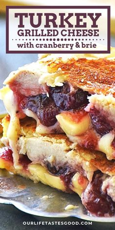 Turkey Grilled Cheese with Cranberry and Brie - Burgers, Sandwiches, Wraps - Sandwich Recipes Thanksgiving Leftover Recipes, Leftover Turkey Recipes, Thanksgiving Leftovers, Leftovers Recipes, Turkey Leftovers, Thanksgiving 2020, Dinner Recipes, Thanksgiving Desserts, Dinner Menu