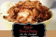Apple Brown Betty in the Crock Pot Crockpot Deserts, Crockpot Recipes, Apple Brown Betty, American Desserts, Crock Pot Slow Cooker, Apple Crisp, Apple Recipes, Sweet Stuff, Apple Pie