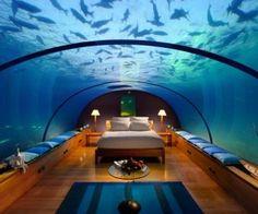2 underwater bedroom