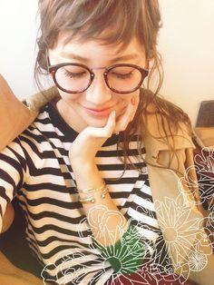 メガネを使ったREIKA YOSHIDAさんのコーディネートです。│おんざまゆげ。☆☆☆