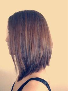 http://postris.com/list/402/20-Stylish-and-Elegant-Medium-Length-Hairstyles/