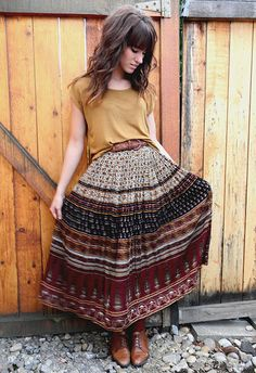 maxi patterned skirt- heck yes.