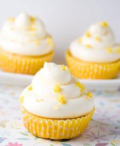 Objetivo: Cupcake Perfecto. Cupcakes de Limón y Yoghourt (Recipe / Receta).