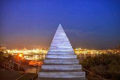Una escalera infinita que sube hasta el cielo...en Australia