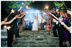 an old edwards inn wedding | verge events | the decisive moment photography | green and white weddings