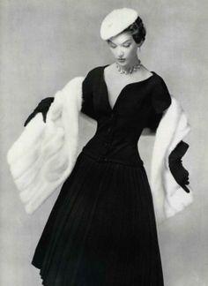 Dior - 1954 / Fashion Nostalgy
