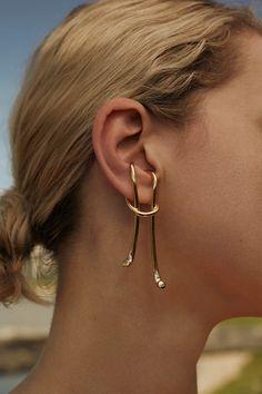 Silver Copper Ear Cuff No Piercing Earcuffs Unique Handmade Hammered Spiral Jewelry Fake Cartilage Wrap Earring Boho Fantasy Jewelry - Custom Jewelry Ideas Ear Jewelry, Bridal Jewelry, Gold Jewelry, Jewelry Accessories, Fine Jewelry, Jewelry Design, Bracelet Cartier, Gold Diamond Earrings, Fantasy Jewelry
