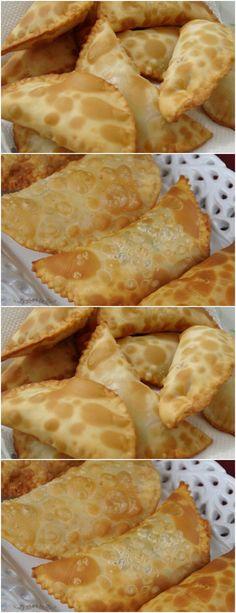 MODO DE PREPARAR: Coloque a farinha em uma vasilha.#receita#bolo#torta#doce#sobremesa#aniversario#pudim#mousse#pave#Cheesecake#chocolate#confeitaria# Pastel, Snack Recipes, Snacks, Camembert Cheese, Cheesecake, Chips, Dairy, Chocolate, Blog