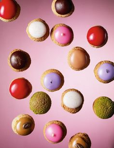Les Mini Choux   Chocolat, café, vanille, rose, caramel beurre salé, pistache, mûre, fraise   Arnaud Delmontel