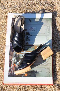 <> Beklina Picasso Platforms Black