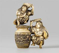 A small okimono of two dancing shôjô, by Senshû. Late 19th century, Auktion 1036 Netsuke aus der Sammlung Kolodotschko, Teil I, Lot 297