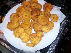 Platano A Puñetazos o Tostones(Twice Fried Green Plantain)