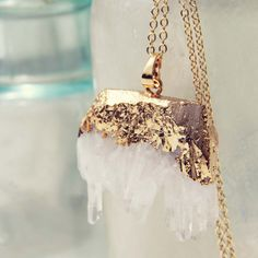 Crystal Aura Necklace: Featured Product Image