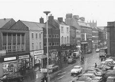 High Street looking North West, Newcastle-under-Lyme, Staffs. Circa 1972 to 1979.