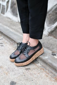 Unique! Net Platfom Brogues. A must have <3 https://marketplace.asos.com/listing/shoes/net-platfom-brogues/444952