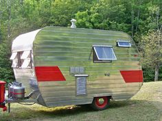 Vintage 1957 Tini-Home Canned Ham RV Camper