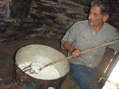 31052009kaasmakenopkreta38279487214723 Crete Greece, Greek, Cooking