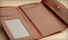 Classic lady horizontal leather wallet