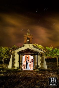 Collection 17 Fearless Award by VÍCTOR LAX - Spain Wedding Photographers