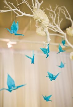 Paper Cranes Ancient Japanese Legend Promises That Anyone Who Folds Origami Will Be Granted One Wish Would Really Neat To Hang In Baby Room