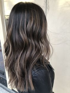 49 Beautiful hair color that are sooo popular right now - balayage hair color id. - 49 Beautiful hair color that are sooo popular right now – balayage hair color ideas , fall hair c - Perfect Hair Color, Gorgeous Hair Color, Perfect 10, Hair Color Balayage, Ash Brown Balayage, Medium Balayage Hair, Dark Brown Blonde Balayage, Dark Hair With Lowlights, Brunette Hair Color With Highlights