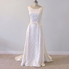 1960s Wedding Dress / 60s Ivory Floral Roses by daisyandstella, $250.00