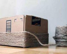Evde kendi imkanlarınızla karton kutudan çamaşır sepeti yapabileceğinizi biliyor musunuz? Tüm detaylar için yazımızı okuyun.