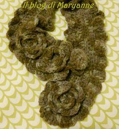 collana scaldacollo o colletto crochet con fiori